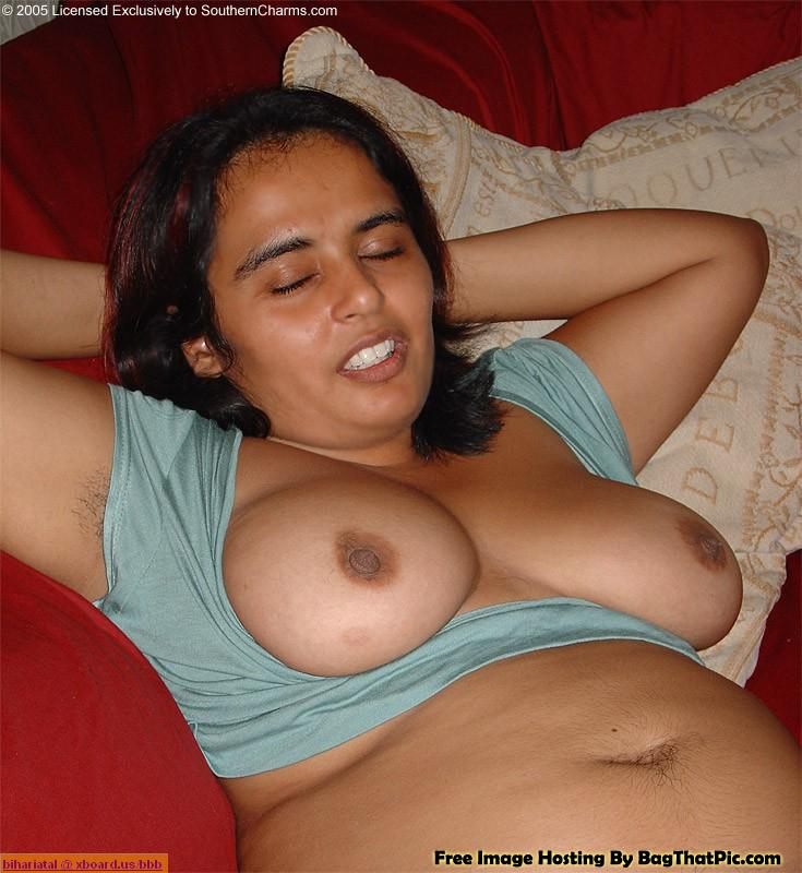 sexy aunty boobs Indian