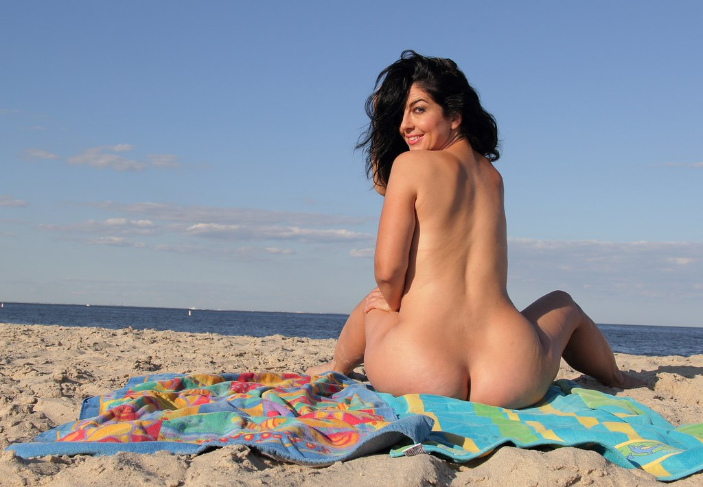 Mature asian women nude beach