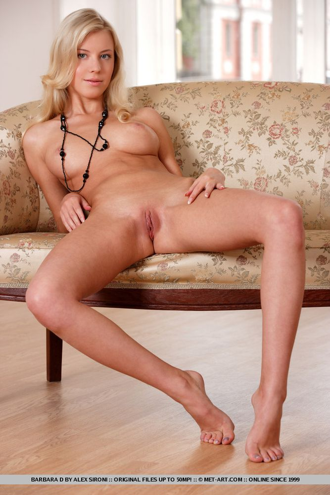 Beautiful nude blonde coed
