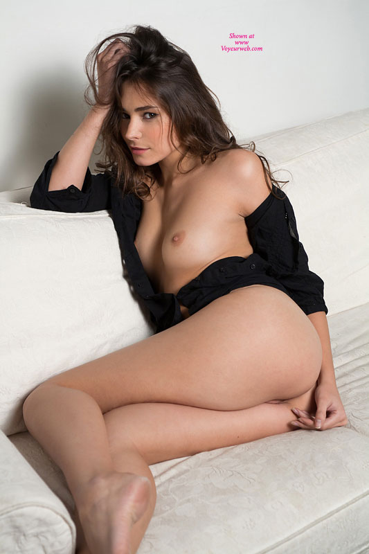 Nude vagina pussy model
