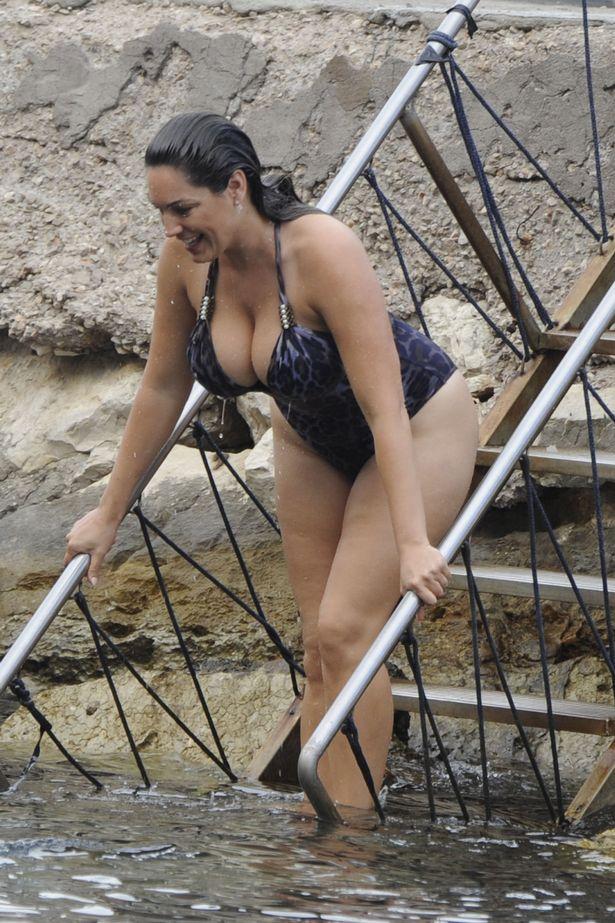 Suit bathing kellie pickler