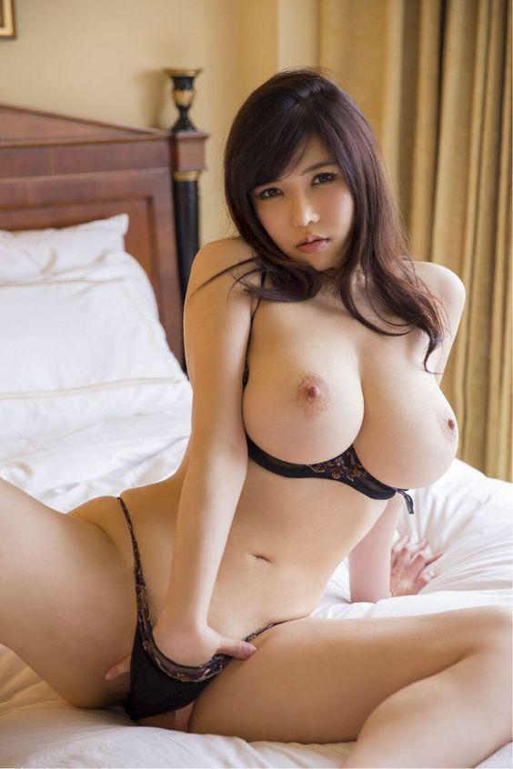 Sexy asian girls nude