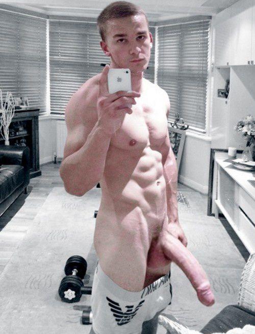 Gays des les plus grosses bites