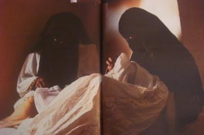 Arab hijab showing sexy feet