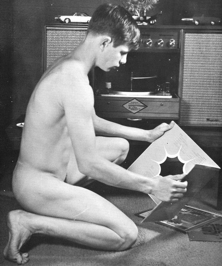 boy of Gay age nude coming