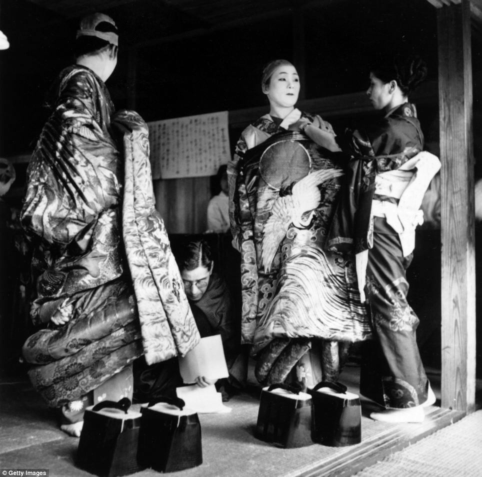 Japanese geisha fuck