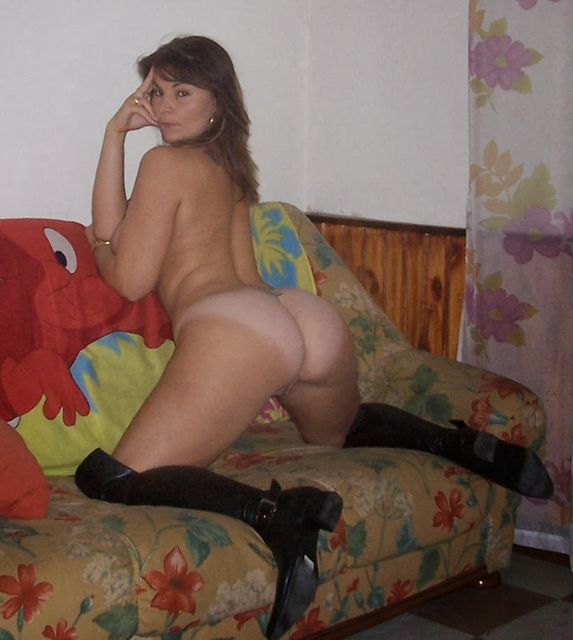 French mature exhibitionist