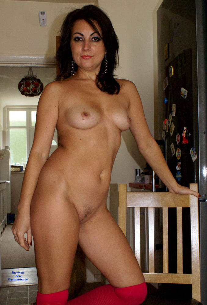 Amateur neighbor girl naked