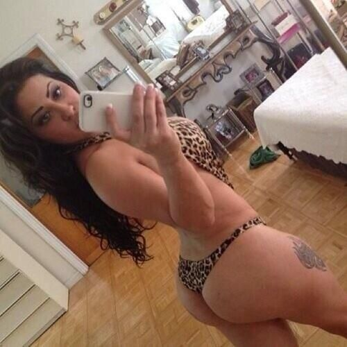 Amateur big booty white girls