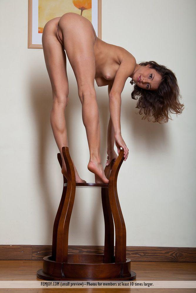 athletic girls Slim nude