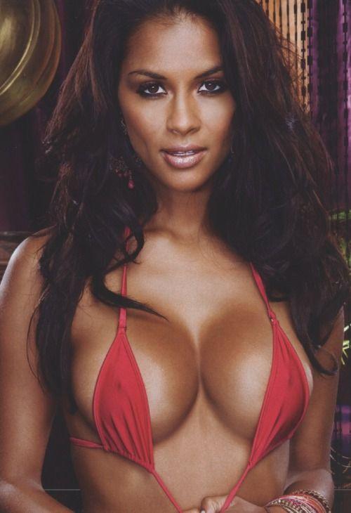 Dominique jungle girl latina nude