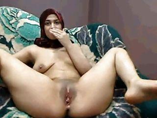 Arab hijab girl pussy