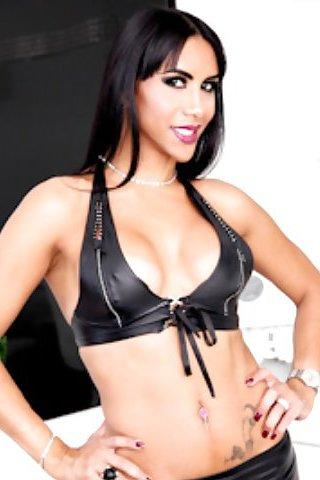 Samantha q shemale porn star