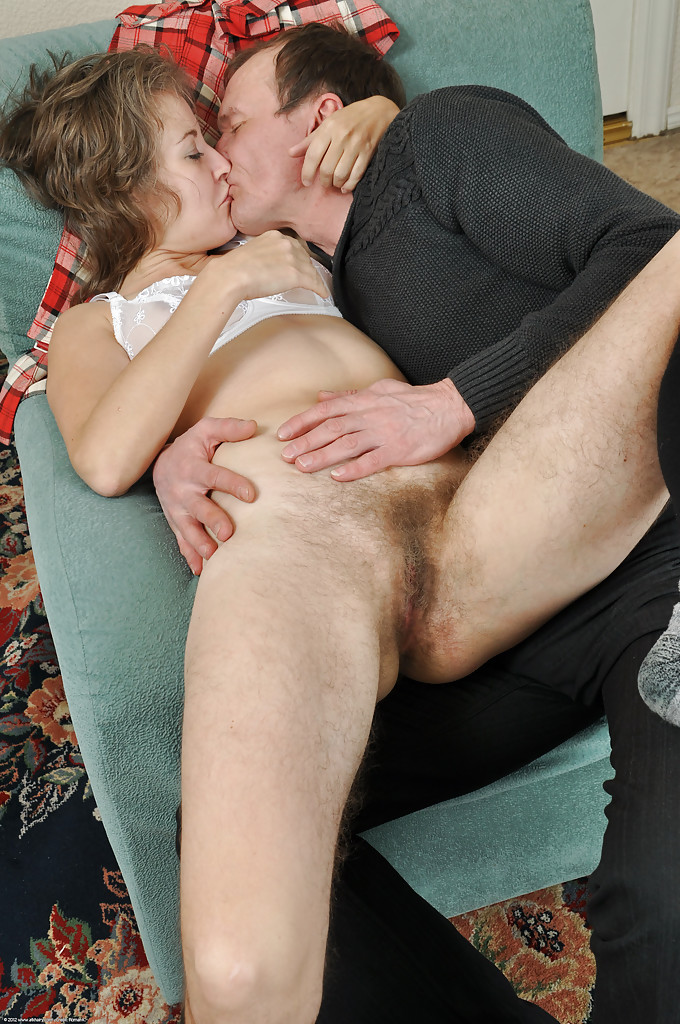 Sex with hairy mature