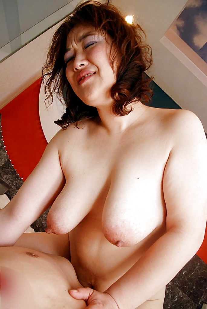 Chubby sluts with saggy tits
