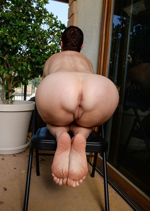 Mature granny ass