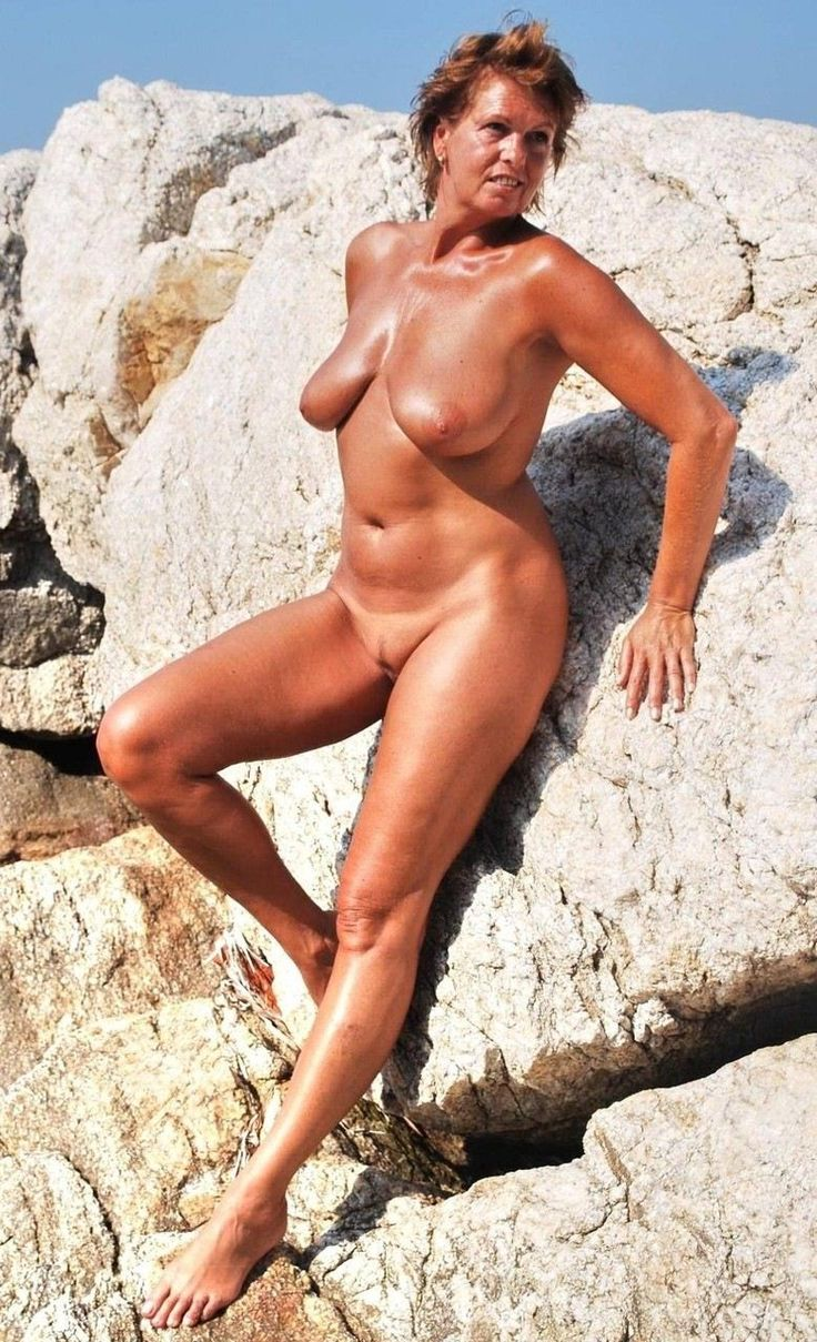 Mature women nude beach sex