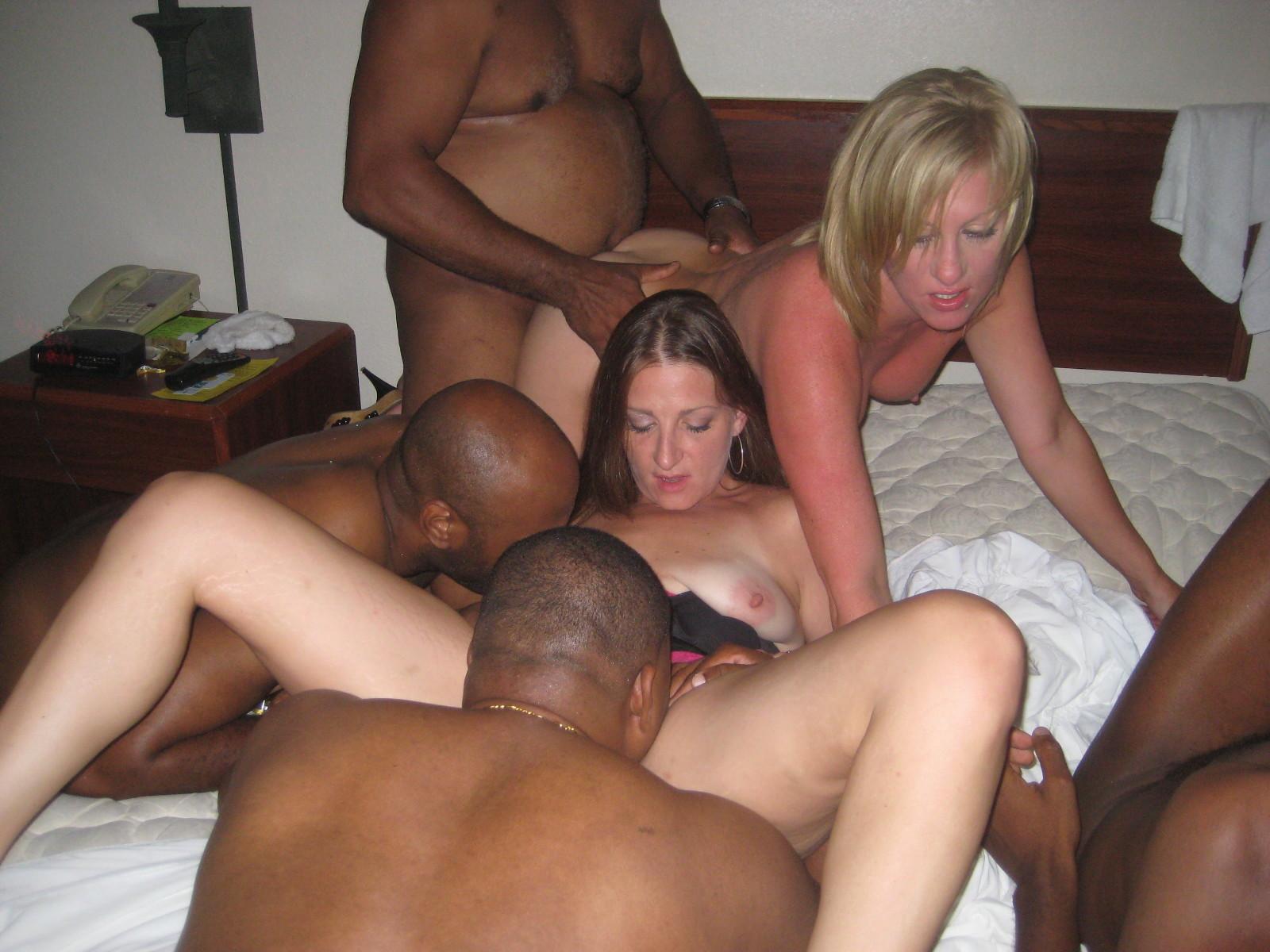 Amateur interracial orgy
